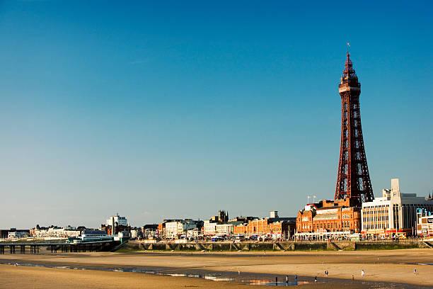 Blackpool Tower. die promenade und den Sandstrand, Lancashire, Großbritannien – Foto