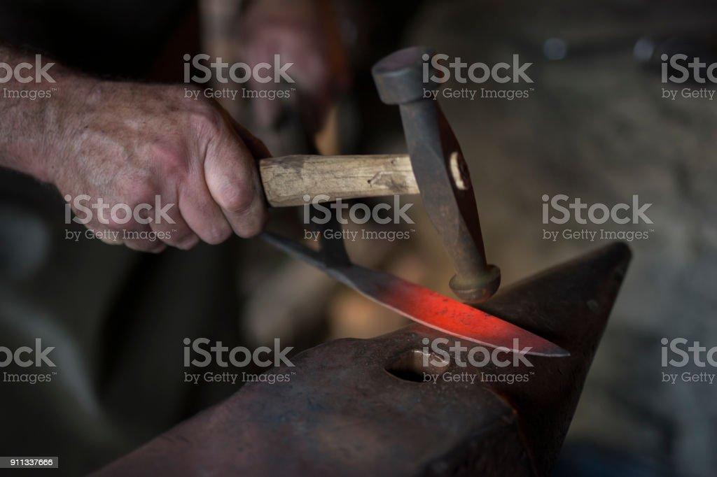 鐵匠刀圖像檔