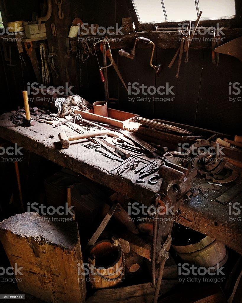 Blacksmith Table - foto de stock