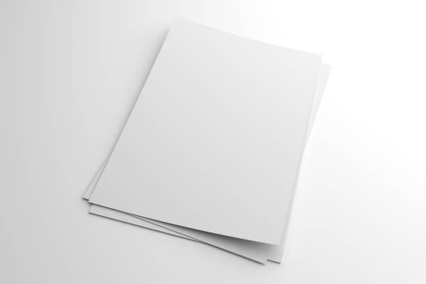 Pila en blanco Ilustración 3D de volante o folleto sobre blanco - foto de stock