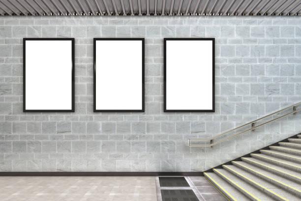 cartaz de outdoor de publicidade em branco - três objetos - fotografias e filmes do acervo