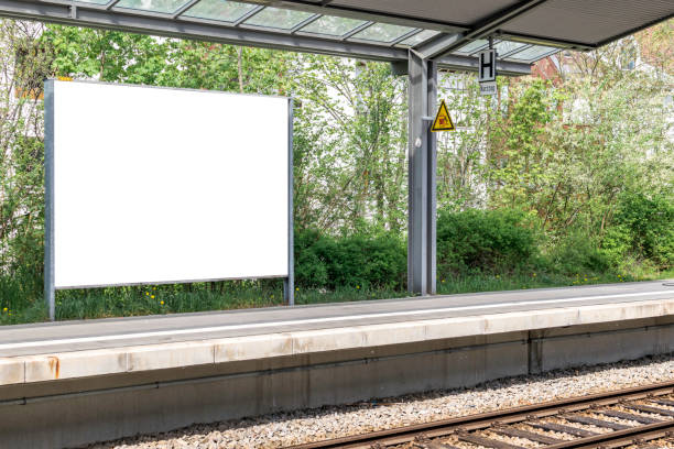 tom skylt - billboard train station bildbanksfoton och bilder