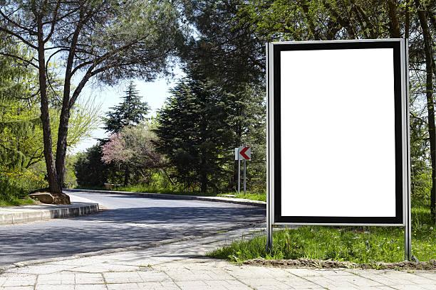 blank billboard xxxl - plakatieren stock-fotos und bilder
