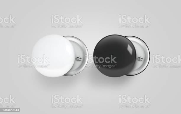 Blank black and white button badge mockup set picture id646029644?b=1&k=6&m=646029644&s=612x612&h=skk4qfodfysktvigyhurk1pzq15w9szujsqe1erwcde=