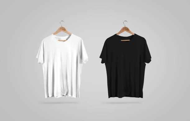 blank black and white t-shirt on hanger, design mockup - etiketten vorlagen stock-fotos und bilder
