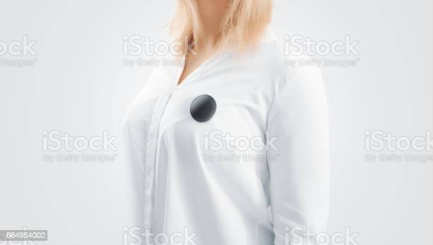 Blank black button badge mockup pinned on the womans chest picture id664954002?b=1&k=6&m=664954002&s=612x612&h=8gmmk3kn1bp0ubhzliswq0l3k7vslo62cyv6zny7ge4=