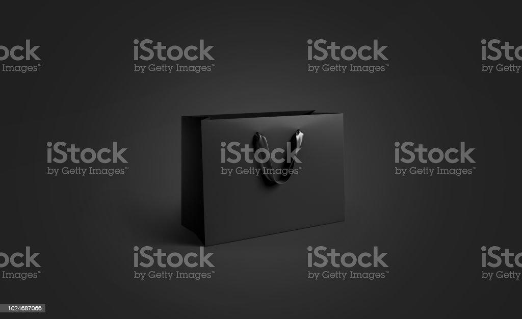 Leere schwarze Papiertüte mit Seide Griff Mockup, isoliert – Foto