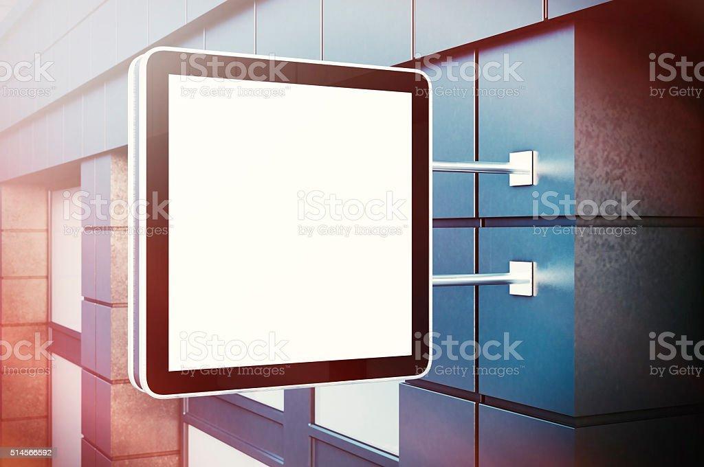 Tela digital em branco cristal no bulding cidade. Fachadas de concreto - foto de acervo
