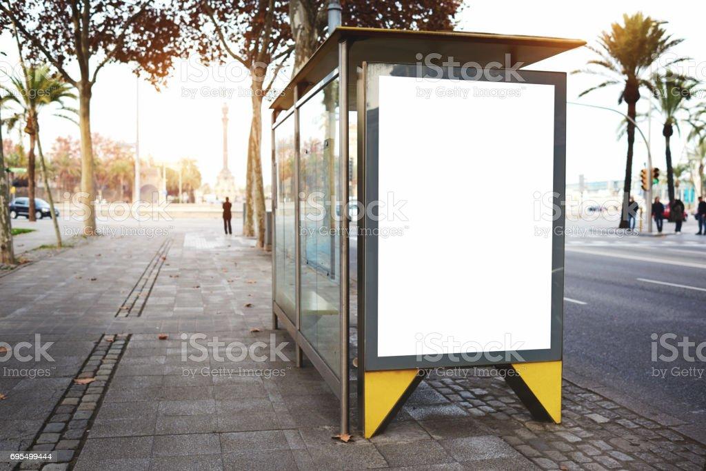 Conseil de publicité électronique vide avec un espace vide de copie - Photo