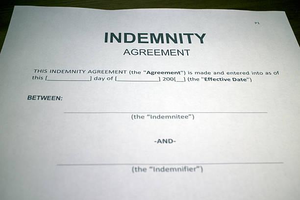 blanco indemnización formulario de acuerdo de - indemnización compensación fotografías e imágenes de stock