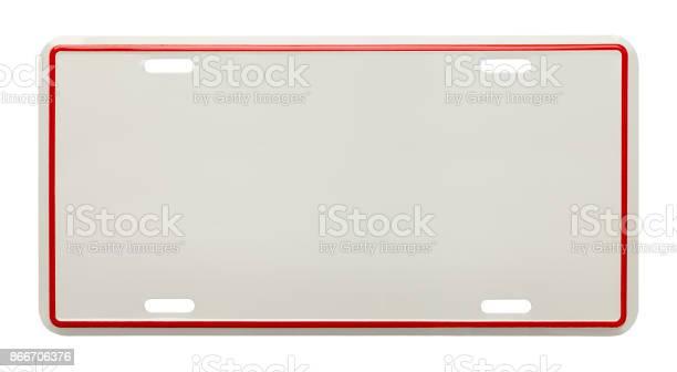 Blank license plate picture id866706376?b=1&k=6&m=866706376&s=612x612&h=2e 3nzu6 2blc57gensm3ibhvlmvxzesqkalta0erzi=