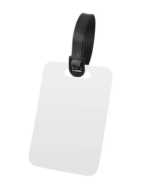 leere gepäckanhänger isoliert auf weißem hintergrund. hängende etikett oder label für design. (clipping-pfad) - gepäck verpackung stock-fotos und bilder