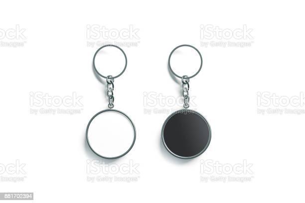 Blank metal round black and white key chain mock up picture id881702394?b=1&k=6&m=881702394&s=612x612&h=hdi d 1wjcd315ia7mhwagn6ezyflk6qv b5vkxcqio=