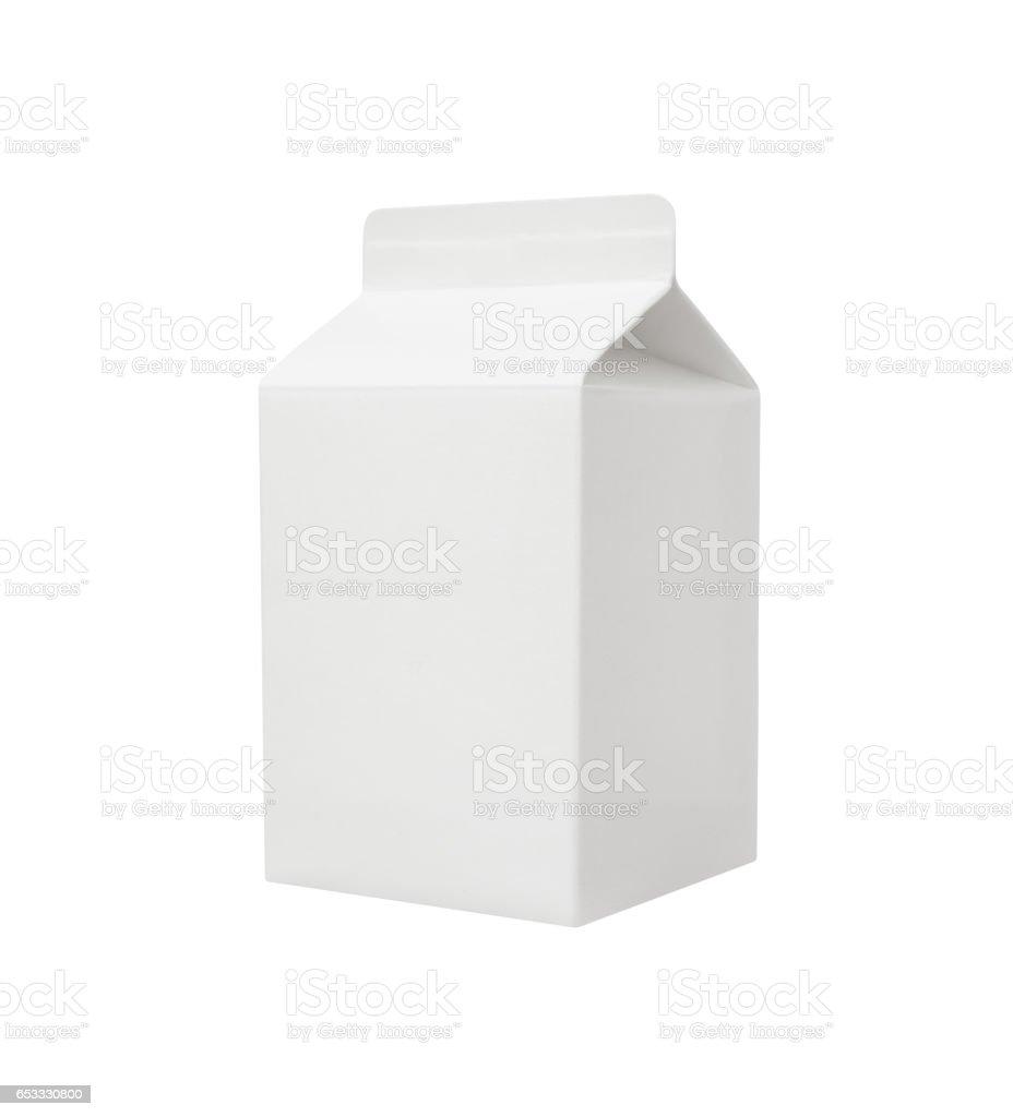 paquet de lait vide isolé sur fond blanc - Photo
