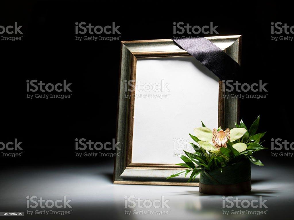 Leere Trauer Rahmen Für Mitgefühl Karte Stock-Fotografie und mehr ...