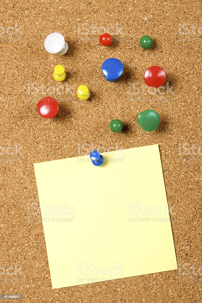 Blank note on cork board royalty-free stock photo