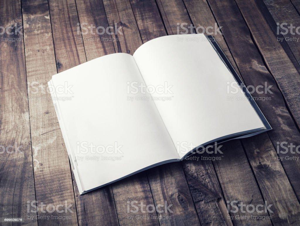 Leere offenes Buch – Foto