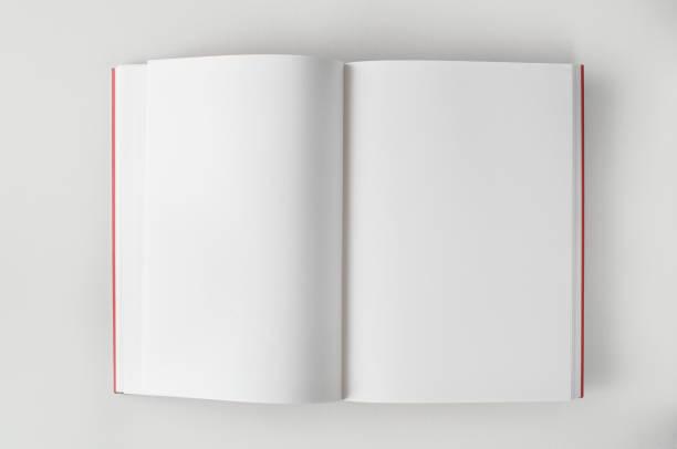 Em branco Livro aberto - foto de acervo