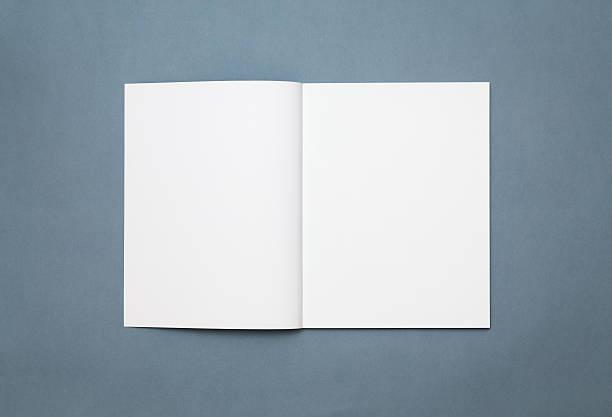 Blank open magazine isolated 스톡 사진