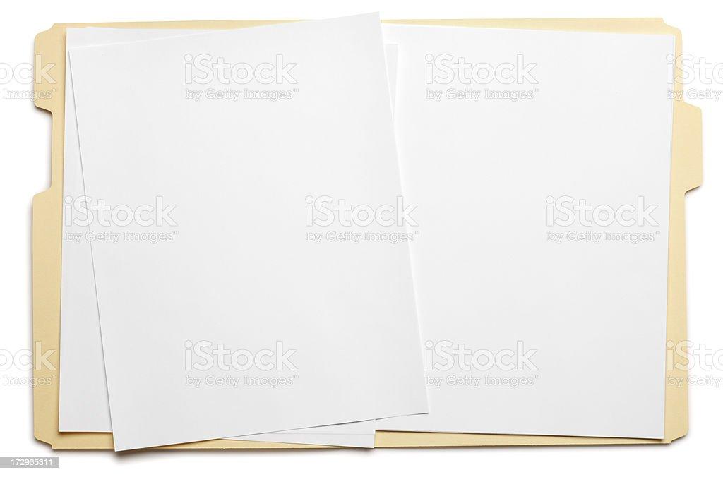 Papel en blanco en una carpeta de archivo sobre fondo blanco - foto de stock