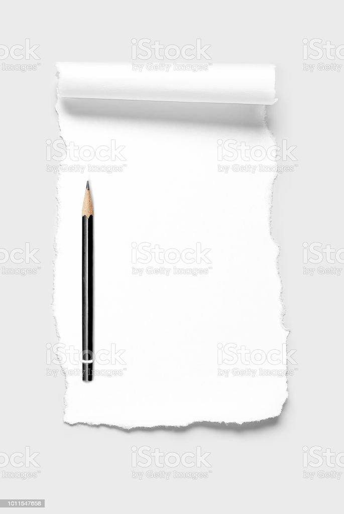 Scrap papier blanc avec bord défile et crayon - Photo