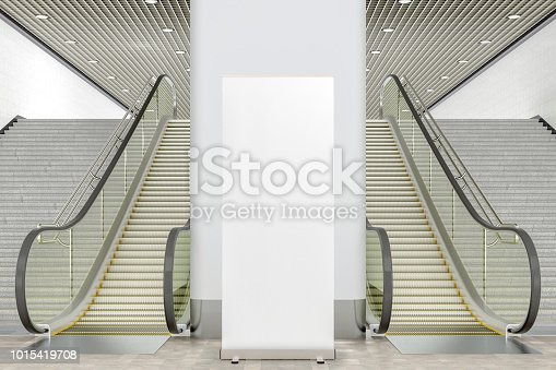 istock Blank pillar or wall for advertising poster 1015419708
