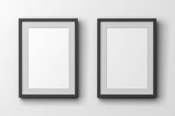 cartazes em branco na parede - dois objetos - fotografias e filmes do acervo