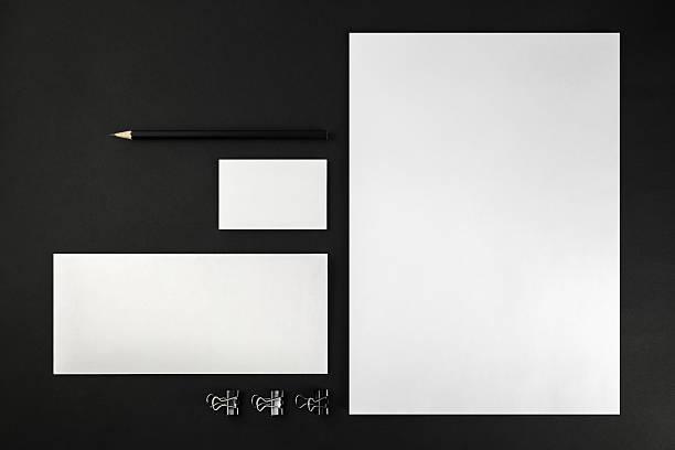 vierge et papeterie - business card mock up photos et images de collection