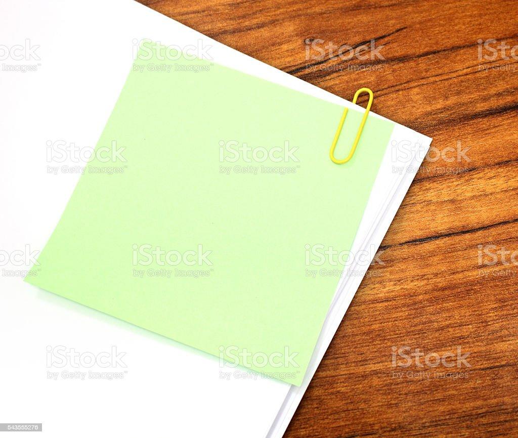 фото с пустыми листами это