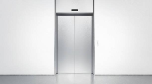 leere silber geschlossen aufzug im büro innenraum mock-up - eingangshalle wohngebäude innenansicht stock-fotos und bilder