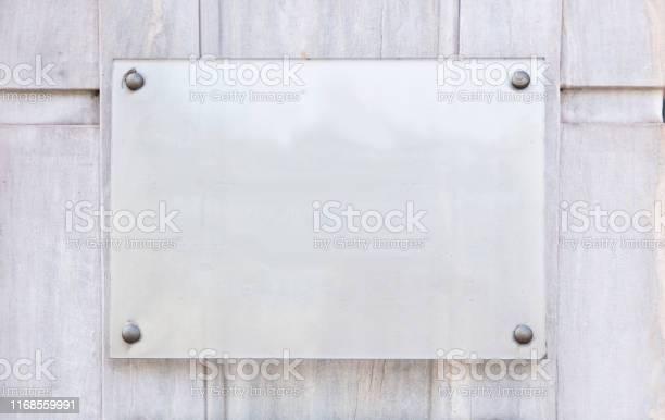 Blank transparent sign plate mockup picture id1168559991?b=1&k=6&m=1168559991&s=612x612&h=5vivlz9geysf9mvzewwam8veuysntgqk5nxa1p e2su=