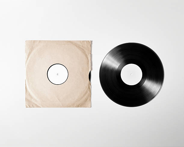 Blank vinyl album cover sleeve mockup, isolated, clipping path Blank vinyl album cover sleeve mockup, isolated, clipping path. Gramophone music plate clear surface mock up. Paper sound shellac disc label template. Vintage old grunge cardboard vinyl disk packaging covering stock pictures, royalty-free photos & images
