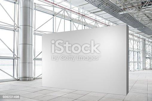 Blank wall mockup in modern empty gallery