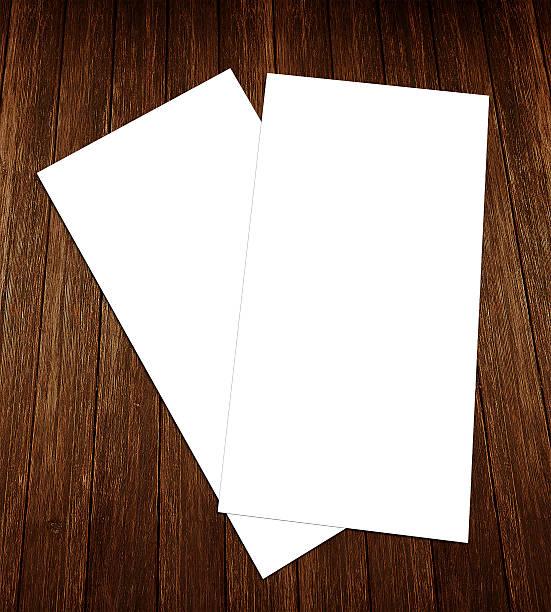 leere weiße 4 x 8 zoll-flyer-sammlung – 10 - planner inserts stock-fotos und bilder
