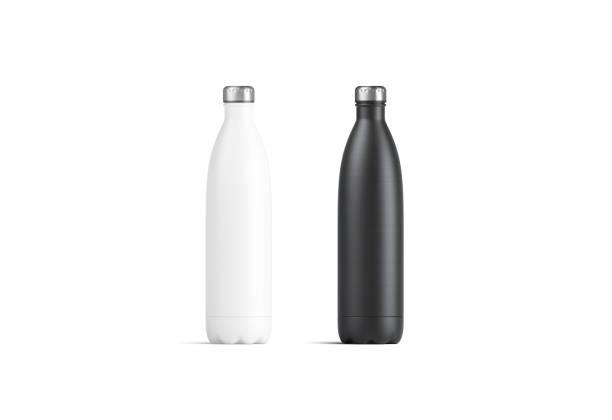 maqueta de botellas de termo sport blanco y negro en blanco - botella fotografías e imágenes de stock