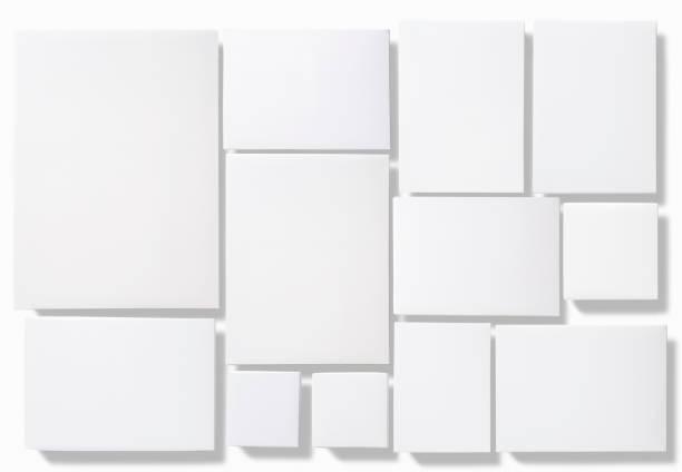 Leeren weißen Felder isoliert auf weißem Hintergrund – Foto