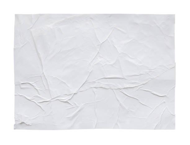 Leere weiße zerknitterte und geknickte Aufkleber Papier Poster Textur isoliert auf weißem Hintergrund – Foto
