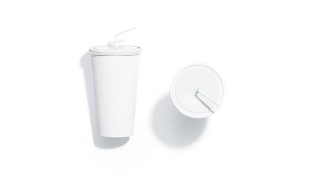밀 짚 이랑 평면도와 빈 흰색 일회용 컵 - 뚜껑 뉴스 사진 이미지