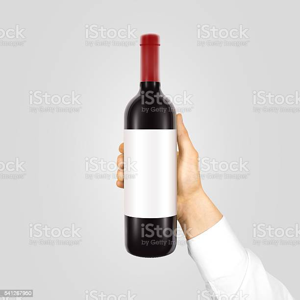 Blank white label mockup on black bottle of red wine picture id541267950?b=1&k=6&m=541267950&s=612x612&h=dtz d1wcvwztefb3d2wfczwwkjldeqlcx5ivpayqnuc=