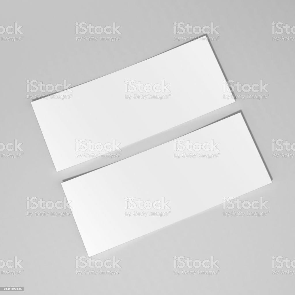 Leere Weiße Mockup Geschenkkarte Gutschein Vorlage Auf Dem Grauen ...