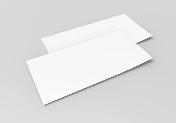 leere weiße mock-up geschenkkarte gutschein vorlage auf dem grauen hintergrund. für grafik-design oder präsentation, 3d-rendering abbildung. - flyer vorlagen stock-fotos und bilder