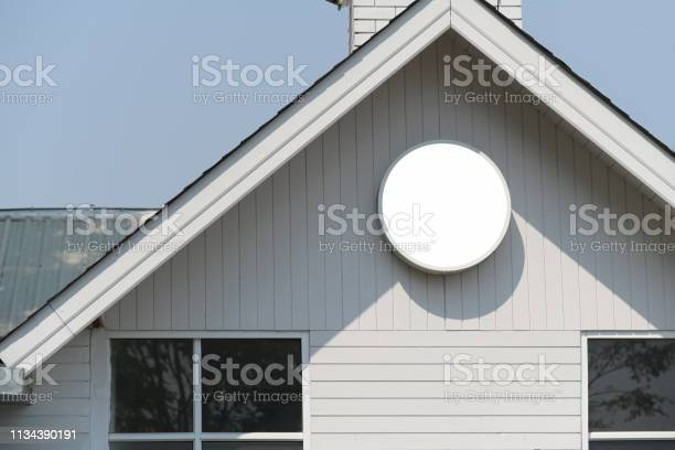 Blank white mockup of vintage signboard and vintage house picture id1134390191?b=1&k=6&m=1134390191&s=612x612&h=lvewgz 1jnwnp1olqctljj6aksojrrgizilocl3gzlc=