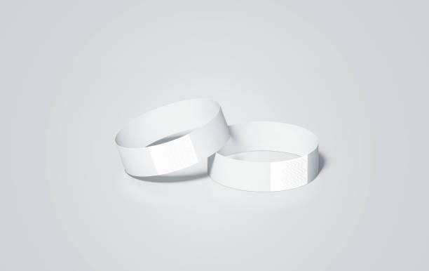 leeres weißes papier armbänder mock ups, 3d-rendering - a zone armband stock-fotos und bilder