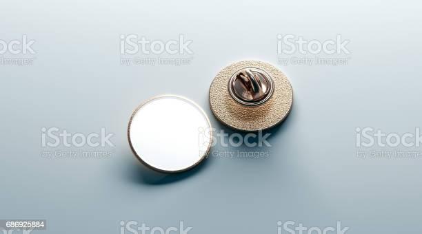 Blank white round gold lapel badge mock up front back picture id686925884?b=1&k=6&m=686925884&s=612x612&h=nse62bxq0z4sv4lqu4rwnbohooooonhwvr1yf oejcg=