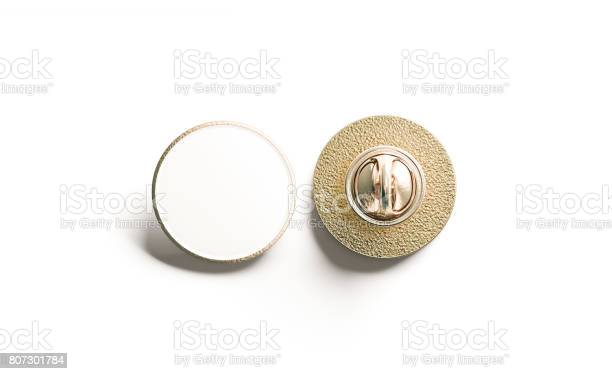 Blank white round gold lapel badge mock up front back picture id807301784?b=1&k=6&m=807301784&s=612x612&h=se06pxiypb bzknn2skefkflbqeqz82lgghn0fxy 24=
