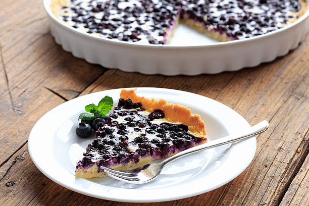 blaubeer kuchen - blueberry pie stock photos and pictures