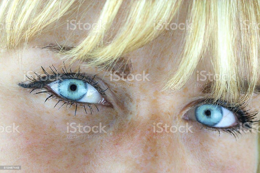 Blue eyeshadow einer Frau – Foto
