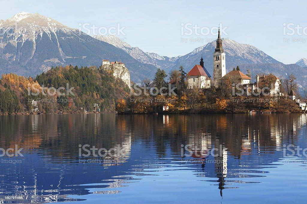 Bled Island Im Herbst Stock Fotografie Und Mehr Bilder Von Baum Istock