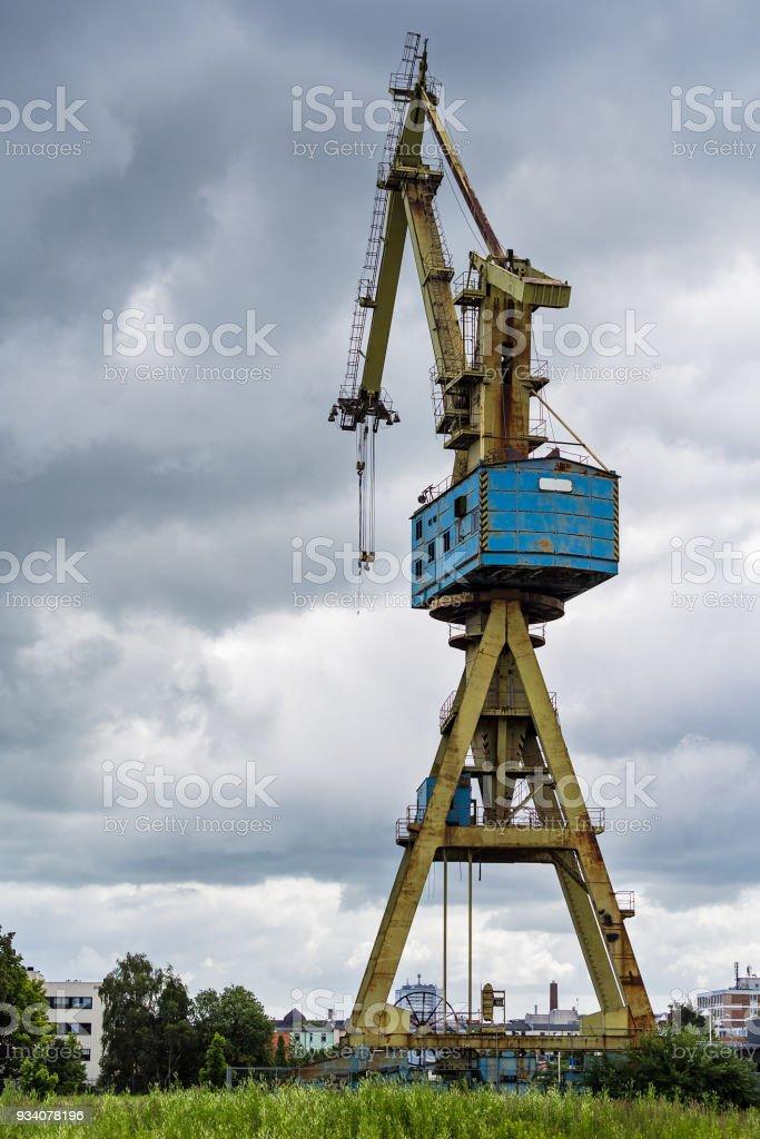 Blick auf einem Kran in Rostock stock photo