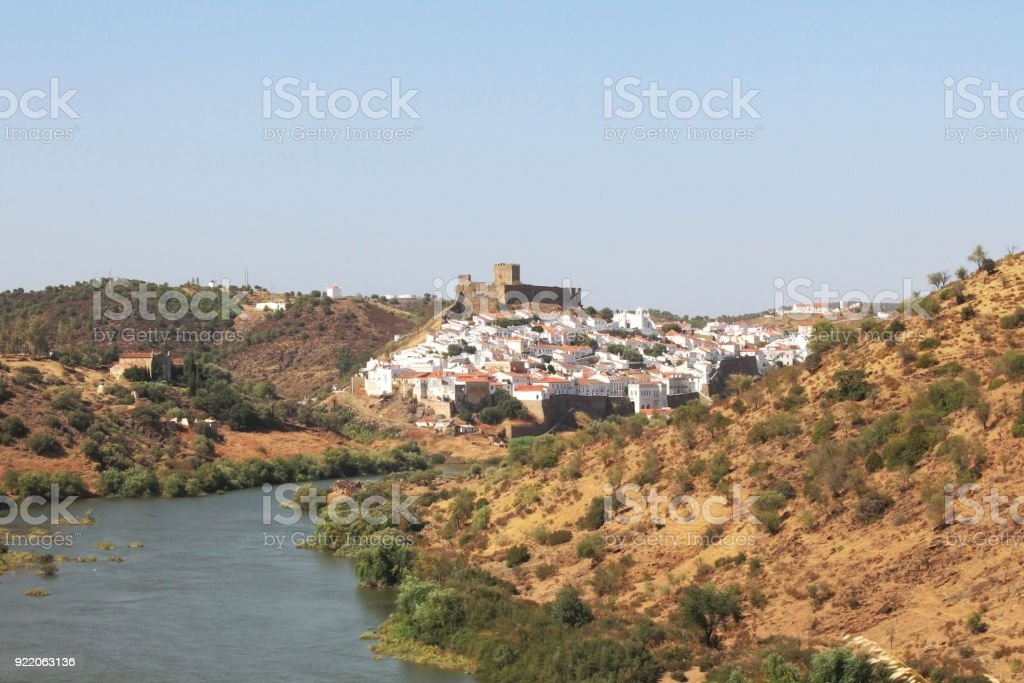 Blick auf Mertola, Rio Guadiana, Alentejo, Portugal stock photo